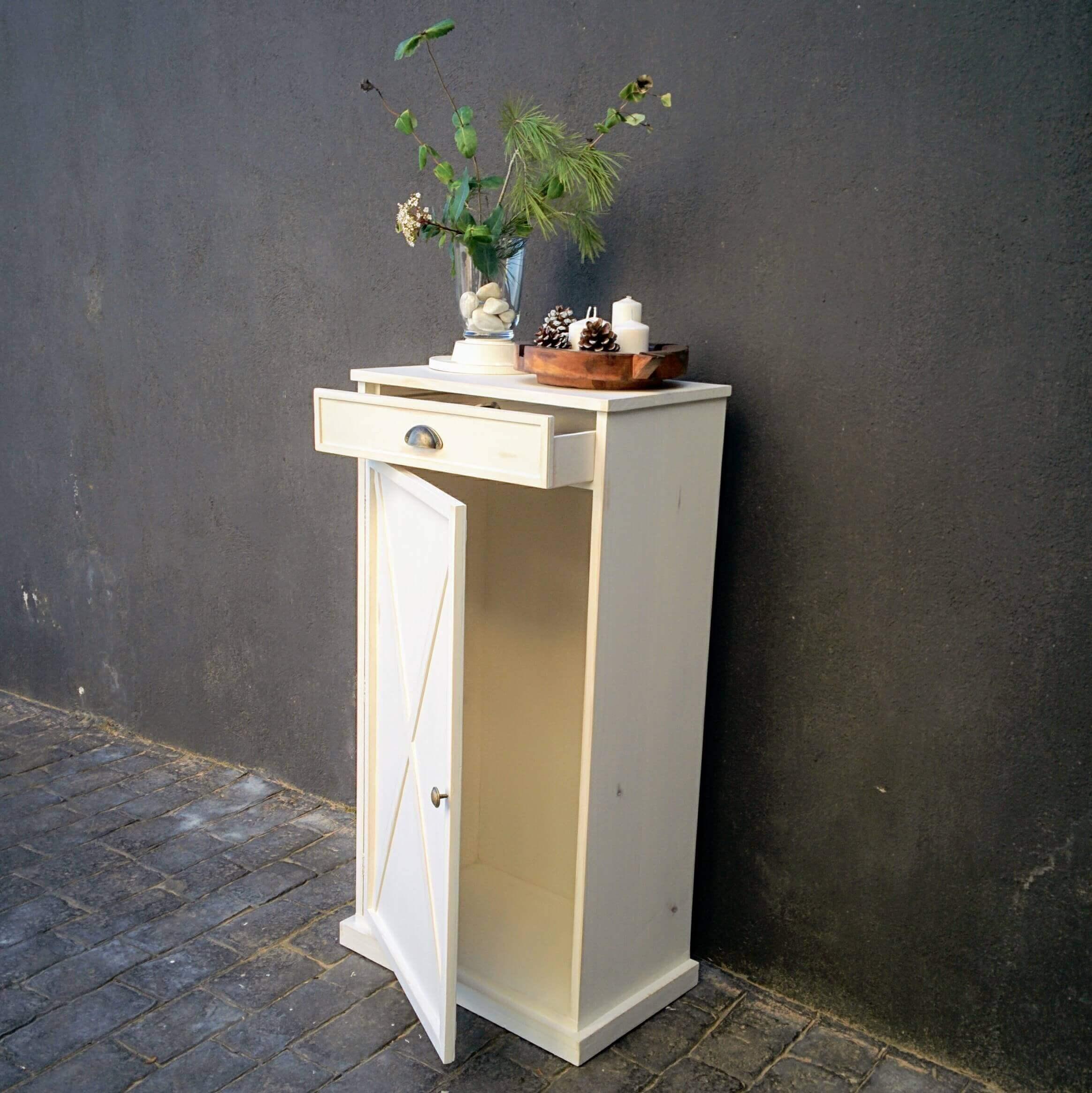 Mueble Guardasillas
